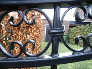 Smeedijzeren poort, ijzeren hek, van Farm Poorten