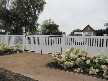 Open houten tuinhek met houten hekwerk - Farm Poorten