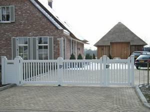 Houten open poort - Inrijpoort met looppoort en brievenbus - wit - Farm Poorten