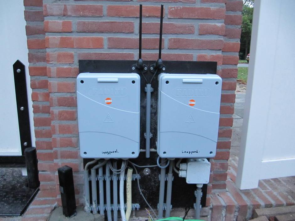Farm Poorten verzorgt ook de complete poortautomatisering en installatie van poort, poortopener en intercom of videofoon.